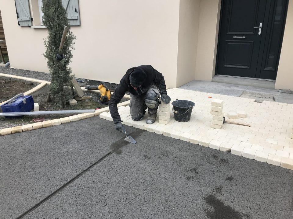 Construction d'une allée pavée